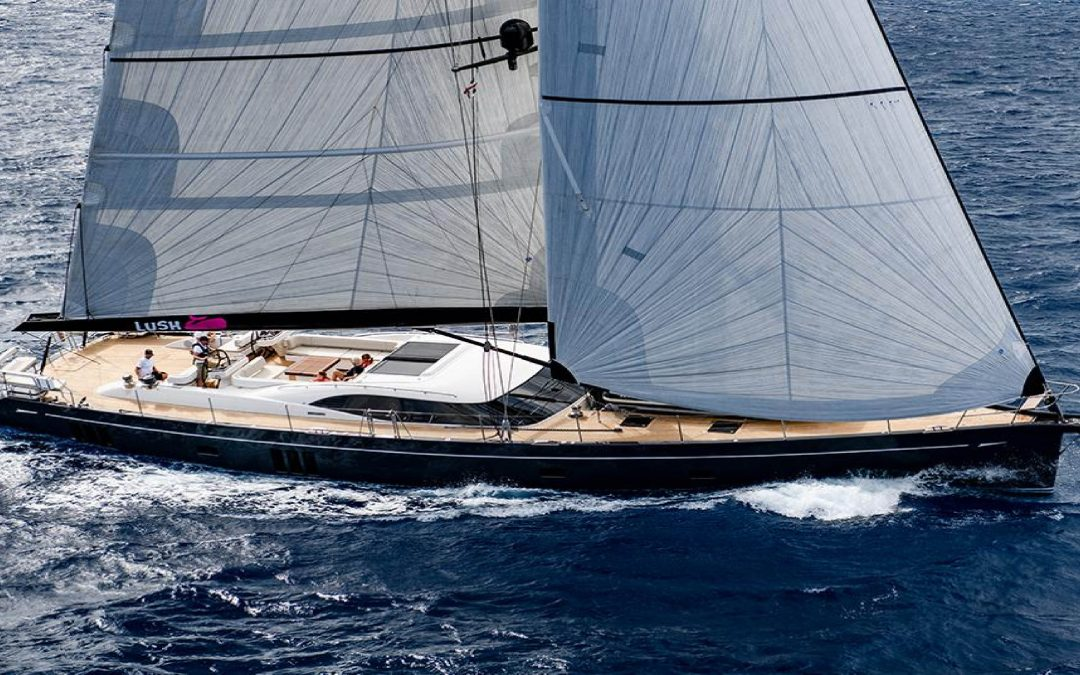 Oyster Yachts – 885